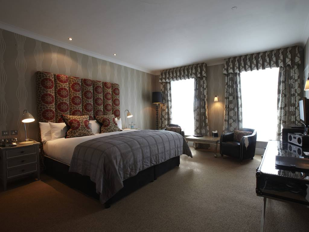 Angel hotel in east anglia and bury st edmunds luxury for Best boutique hotels east anglia