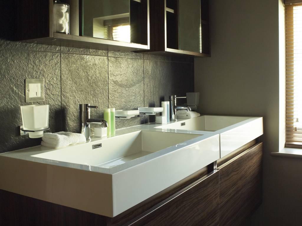 Junior Suite Large Contemporary And Elegant Bath Accommodation