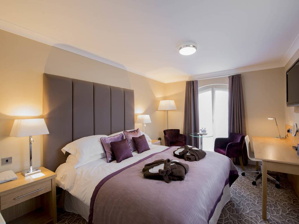 lion quays hotel spa room and bedroom information. Black Bedroom Furniture Sets. Home Design Ideas