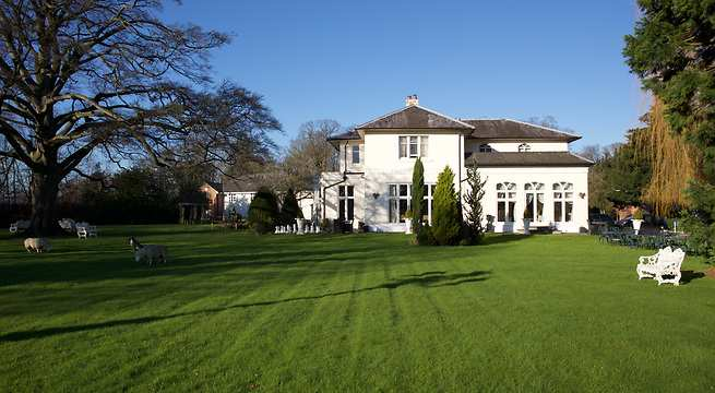 Llyndir Hall Hotel