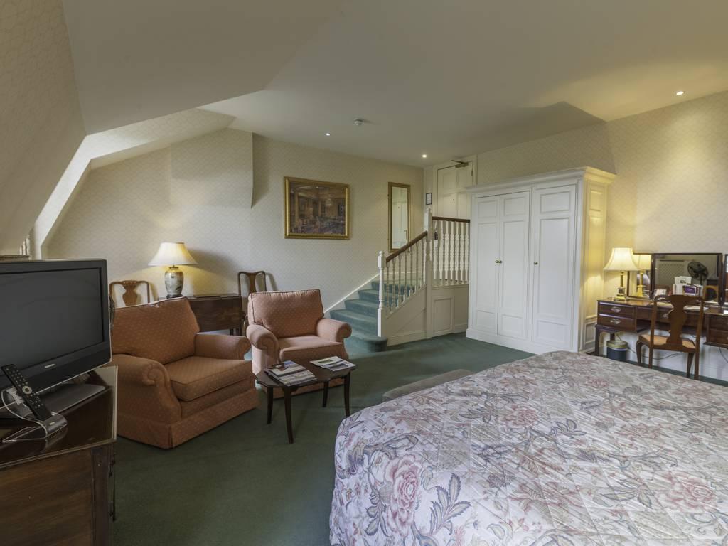Luton Hoo Hotel, Golf & Spa Room And Bedroom Information