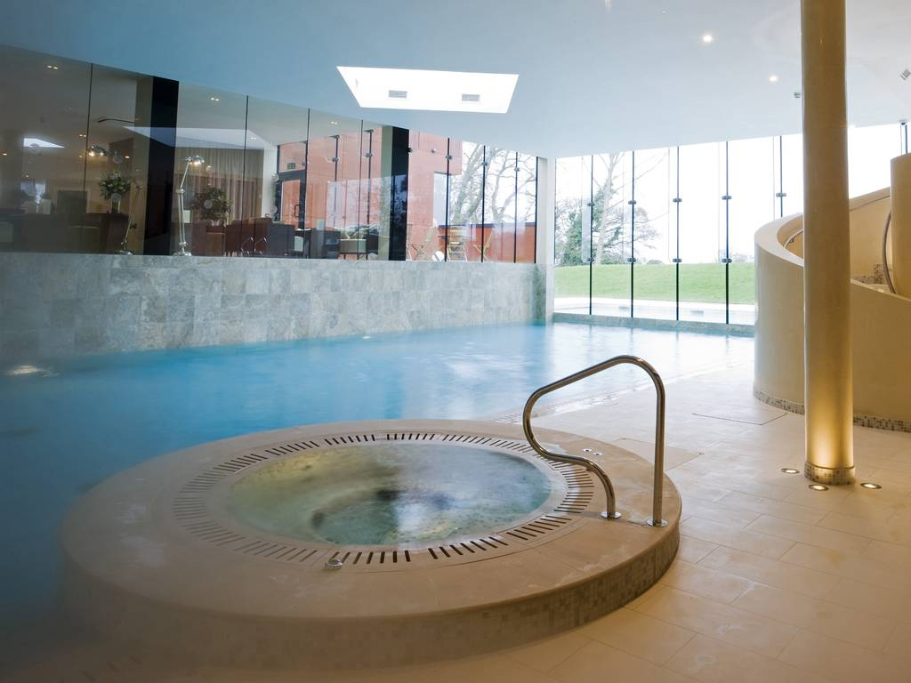 Ockenden manor hotel spa in south east england and - Luxury scottish hotels with swimming pools ...