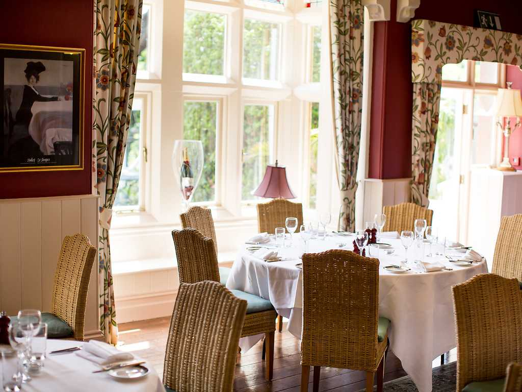The Restaurant, Orestone Manor