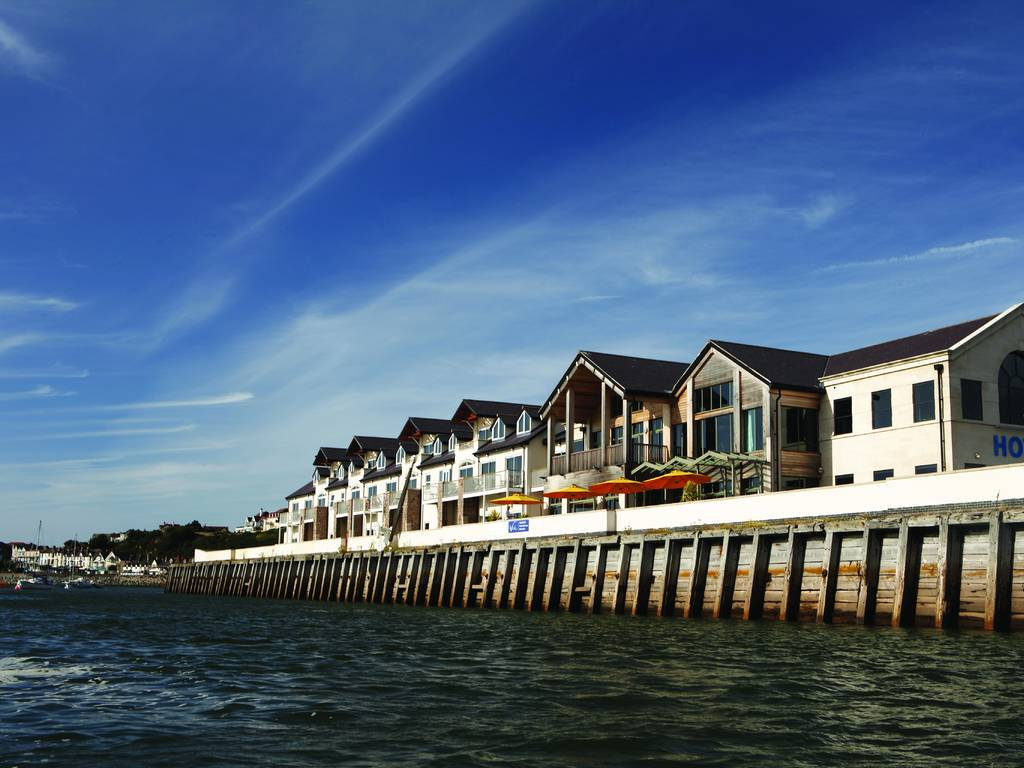 Quay hotel spa in north wales luxury hotel breaks in for Small luxury spa hotels