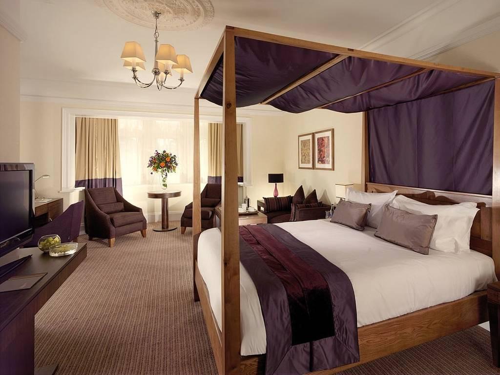 Regency Park Hotel Berkshire