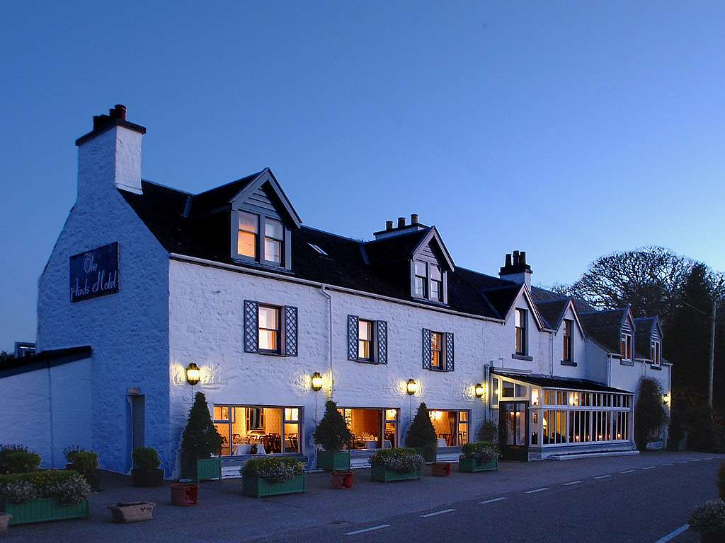The Airds Hotel