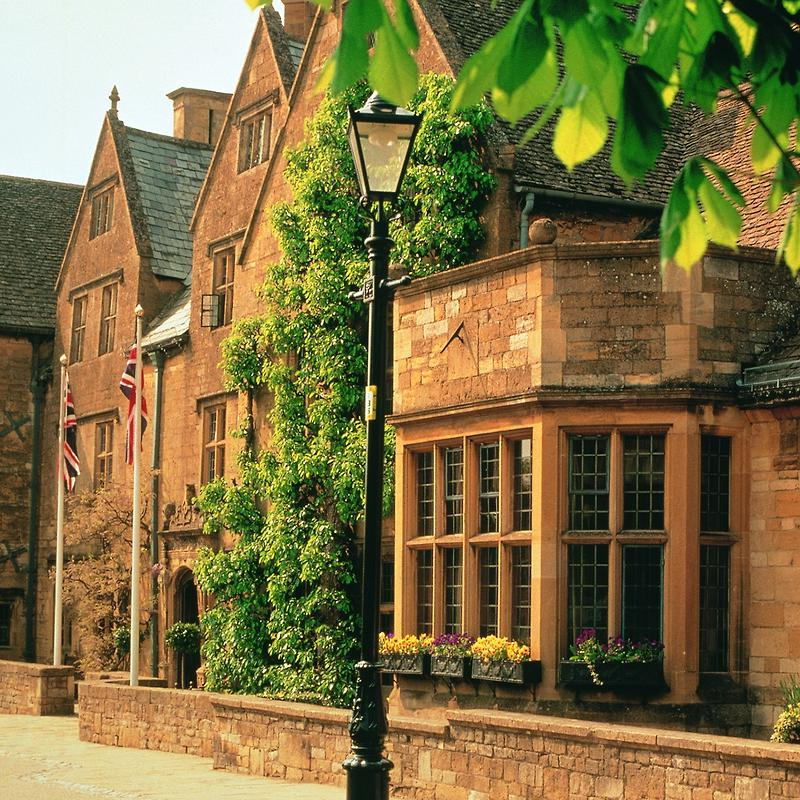 The lygon arms hotel in cotswolds and luxury hotel for Luxury hotel breaks