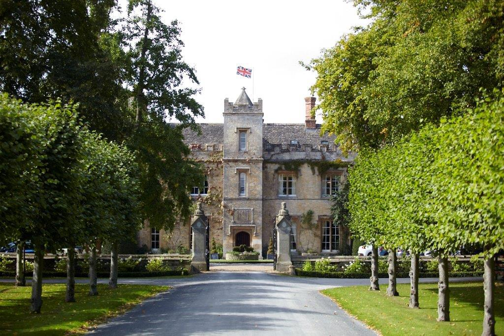 The Manor At Weston On The Green Hotel In Cotswolds And