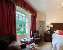 Excellent room, The Swan at Bibury