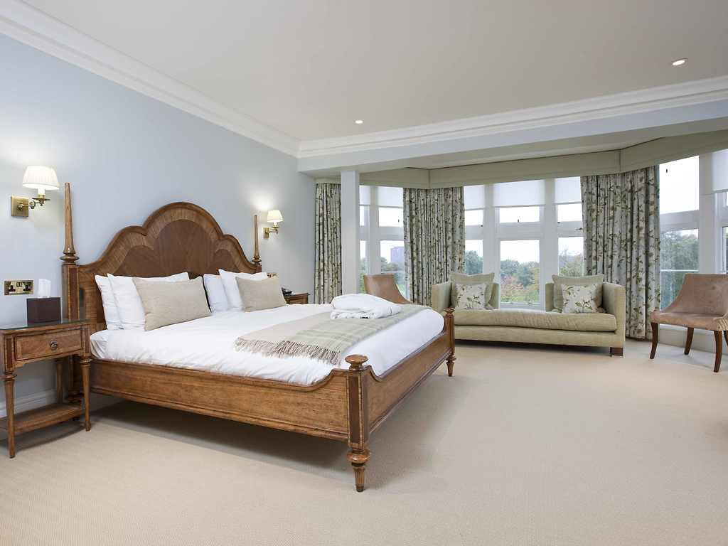 Hotel With Adjoining Rooms Lanarkshire
