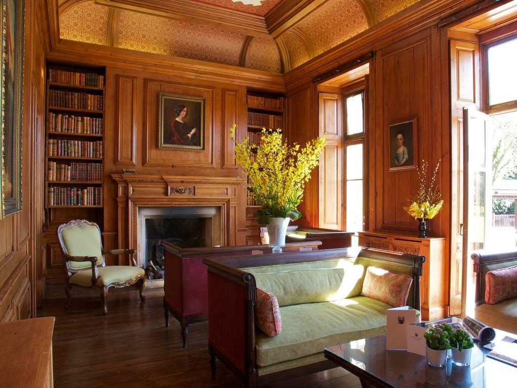 Library Room Luxury