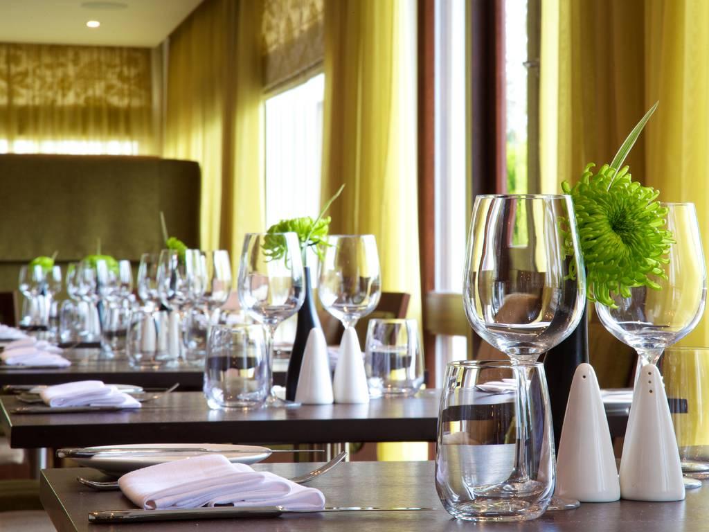 The Brasserie restaurant, Aubrey Park Hotel