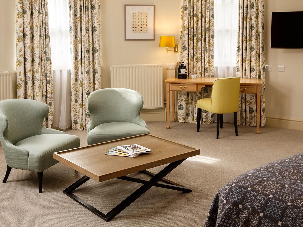 Superior room, Bowden Hall