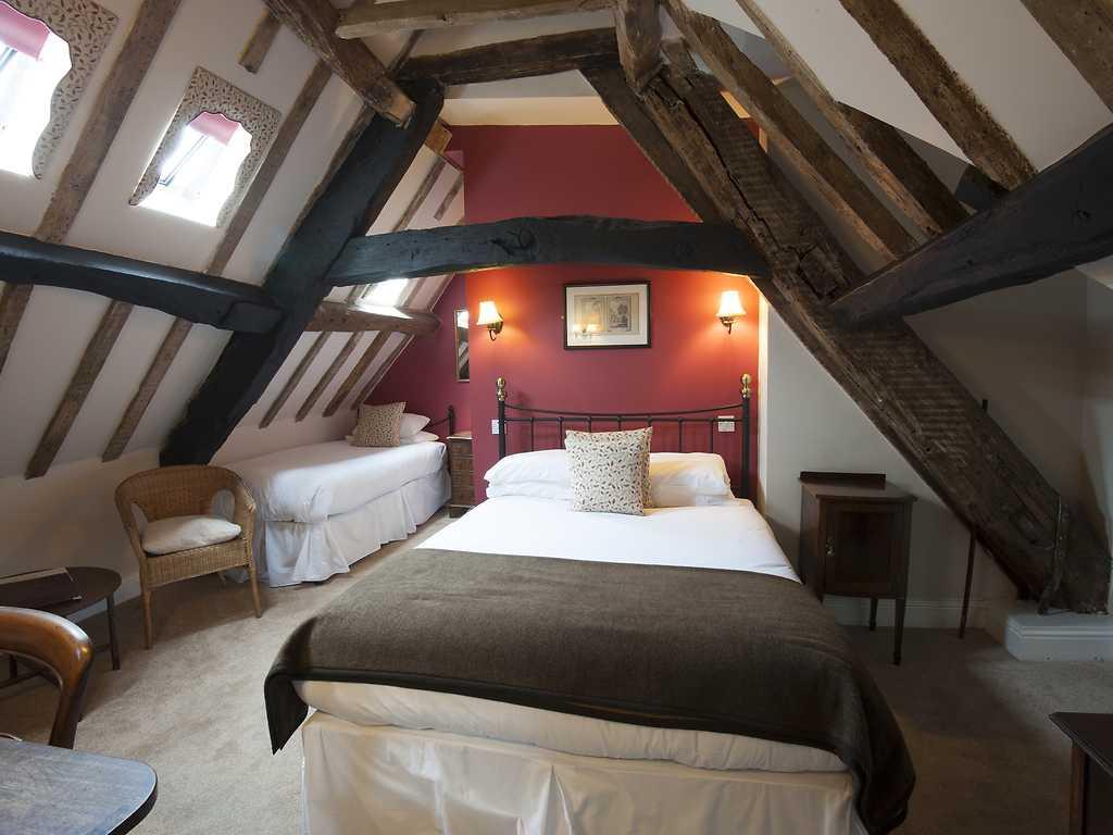 Classic room, Corinium Hotel & Restaurant