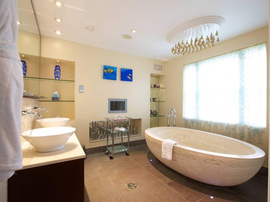 Junior Suite room, Cotswold House