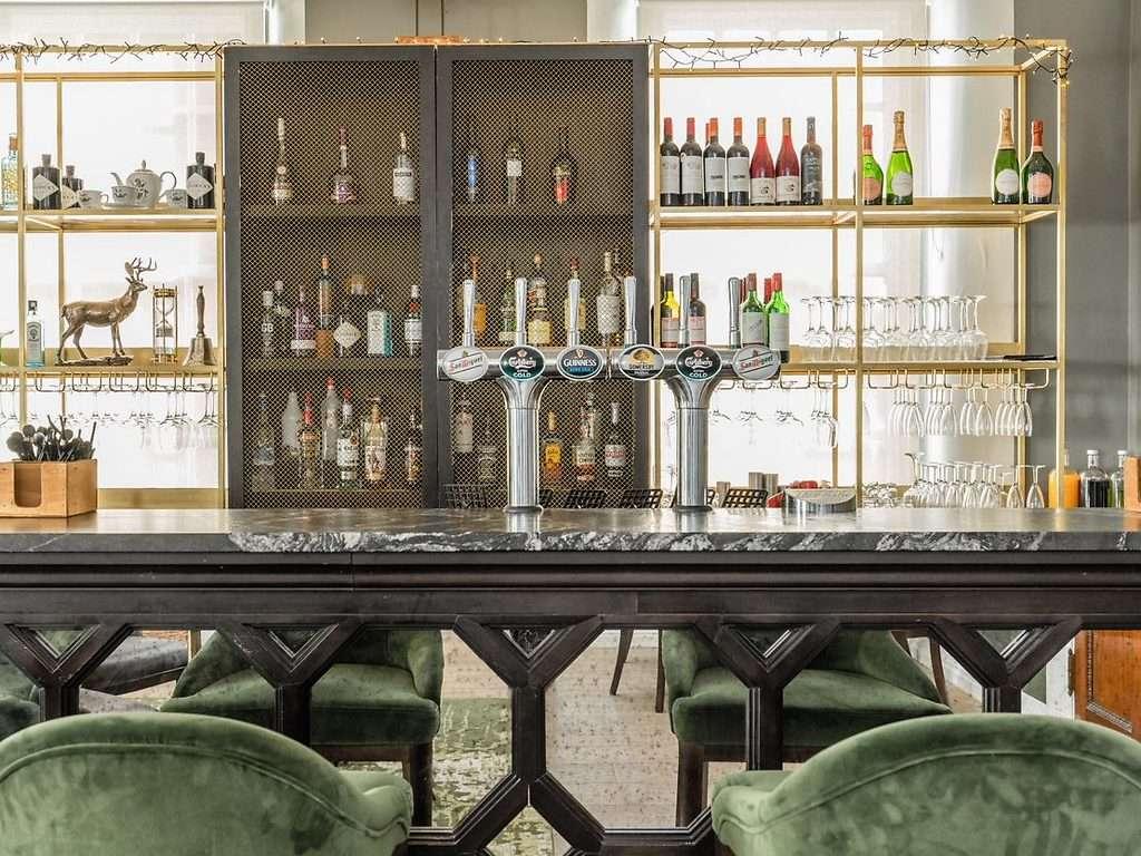 Tbe Bar restaurant, Gorse Hill
