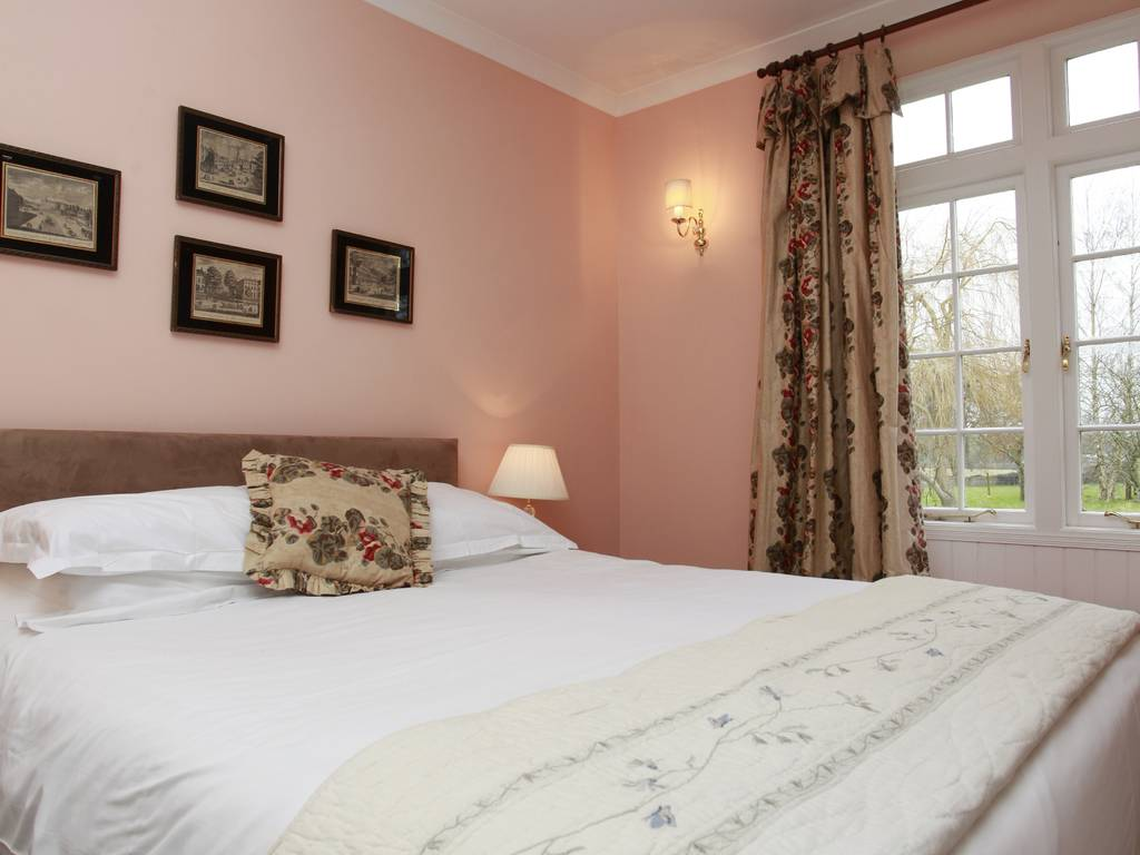 Classic room, Guyers House Hotel