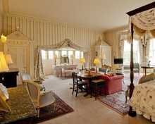 Royal Four poster room, Hartwell House & Spa