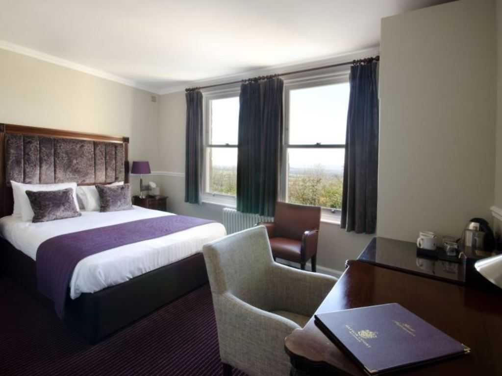 Executive room, Hatton Court
