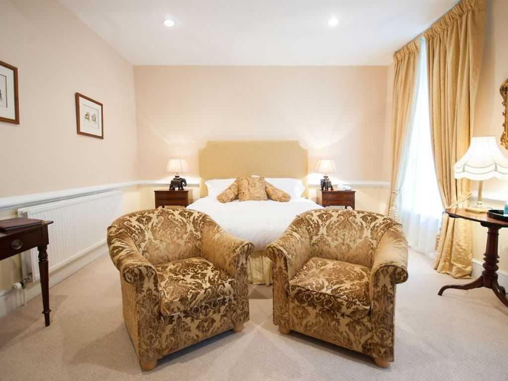 Superior room, Hintlesham Hall
