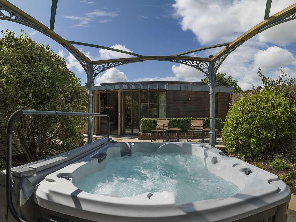 Hot Tub Suite room, Homewood Hotel & Spa