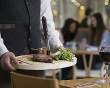 Brossen Steakhouse restaurant, Inn on the Square