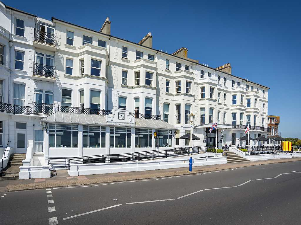 Langham Hotel in South East England : Luxury Hotel Breaks in