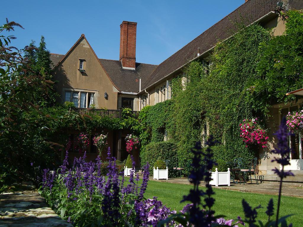 Spa Hotels Near Stratford Upon Avon