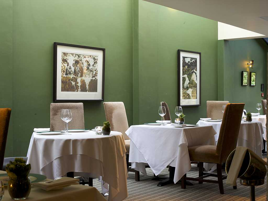Mulberry Restaurant restaurant, Manor House Hotel Moreton in Marsh