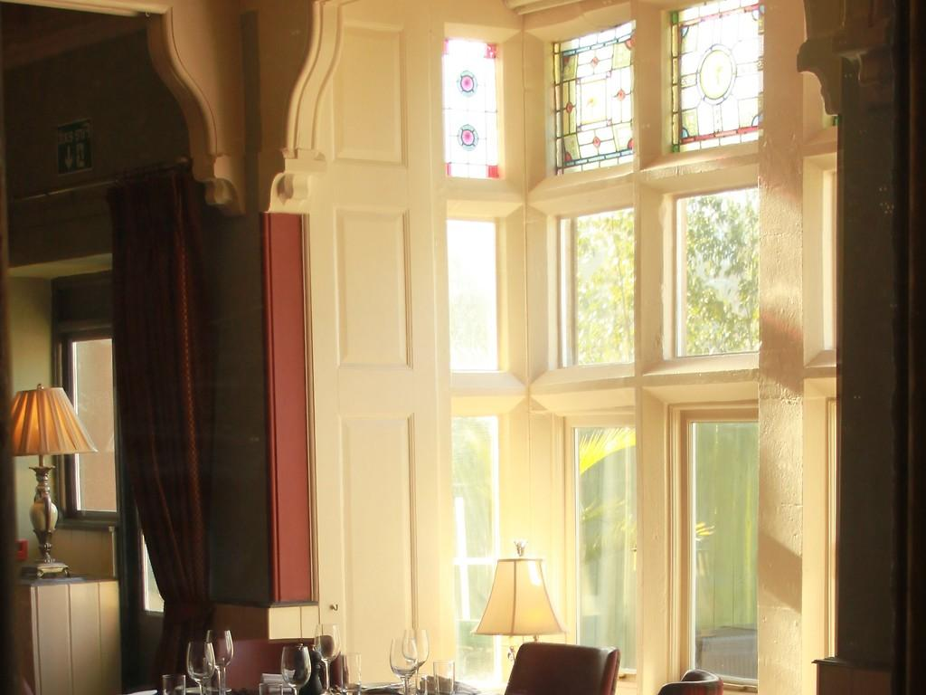 The Bay Restaurant restaurant, Orestone Manor