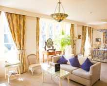 Horsley Suite room, Orestone Manor