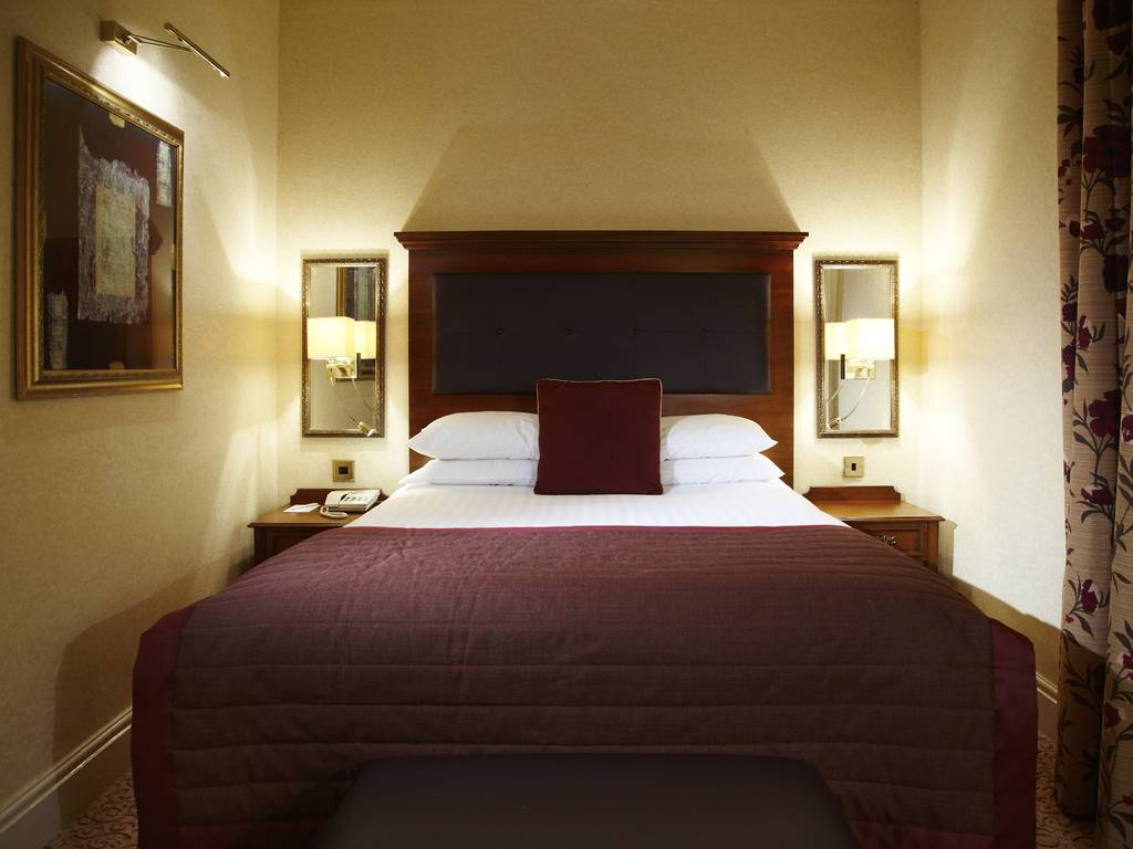 Guest room, Shrigley Hall Hotel