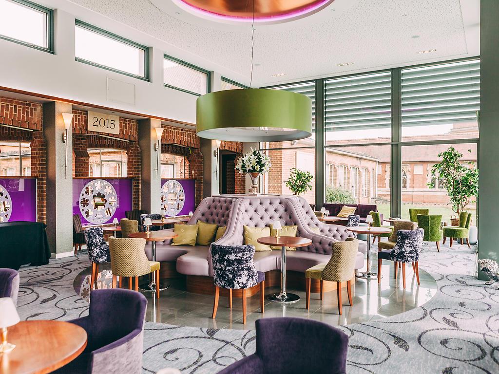 Georges Bar restaurant, Stanbrook Abbey Hotel
