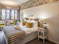 Manor House Deluxe room, Stonehouse Court