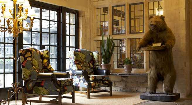 The Bear of Rodborough Hotel