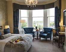 Junior room, The Bonham Hotel
