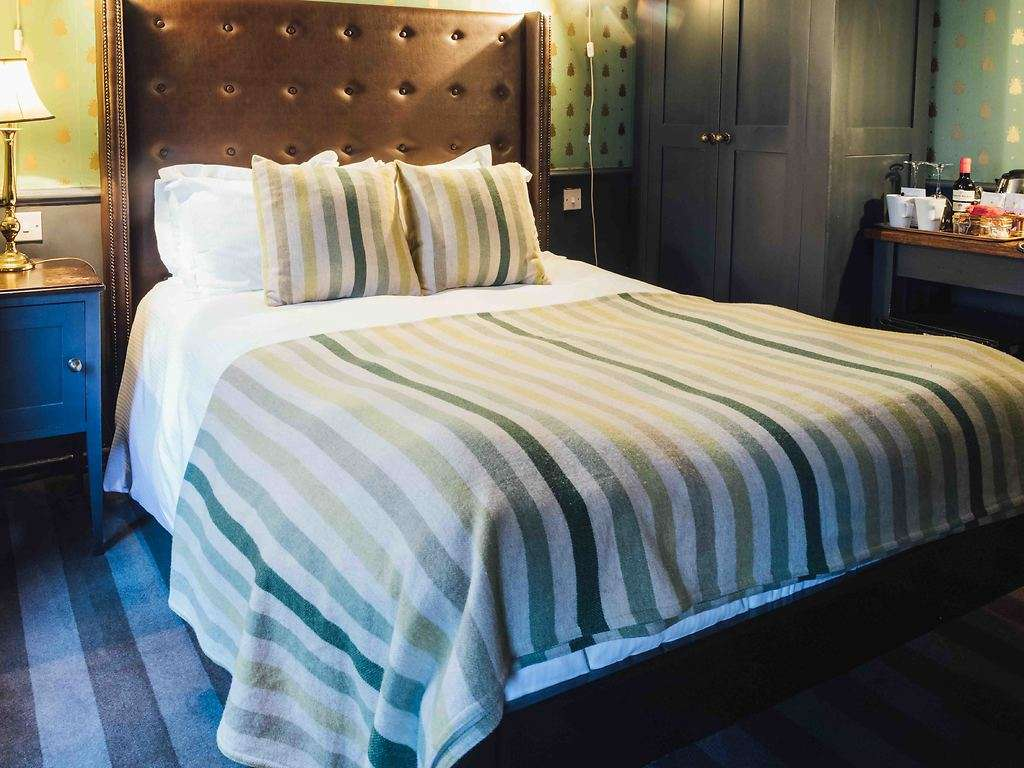 Double room, The Crown and Thistle