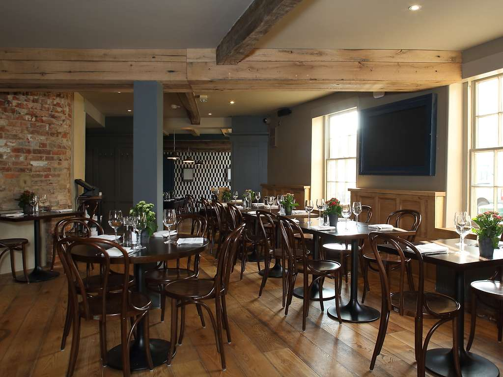 The Restaurant restaurant, The Crown and Thistle