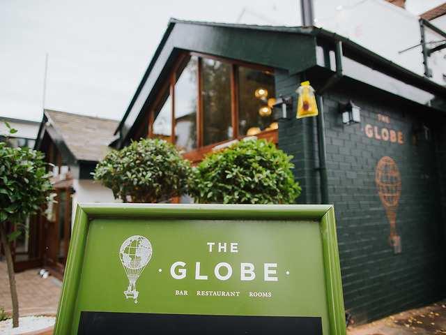The Globe, Warwick