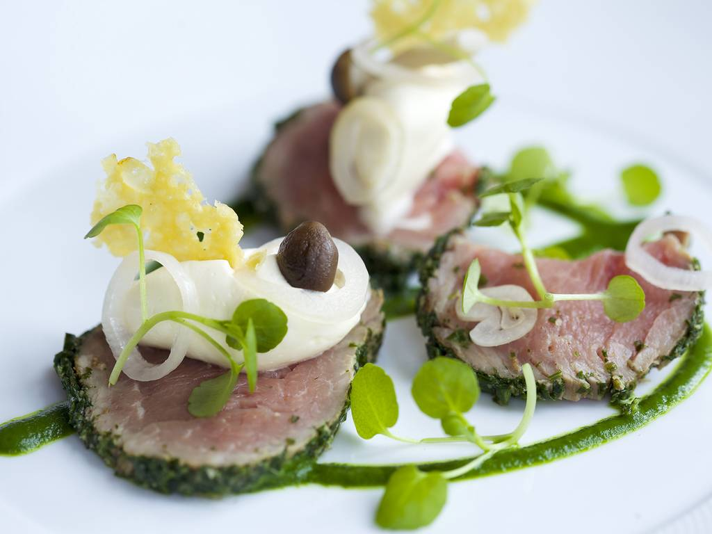 The Beaufort Restaurant restaurant, The Hare and Hounds