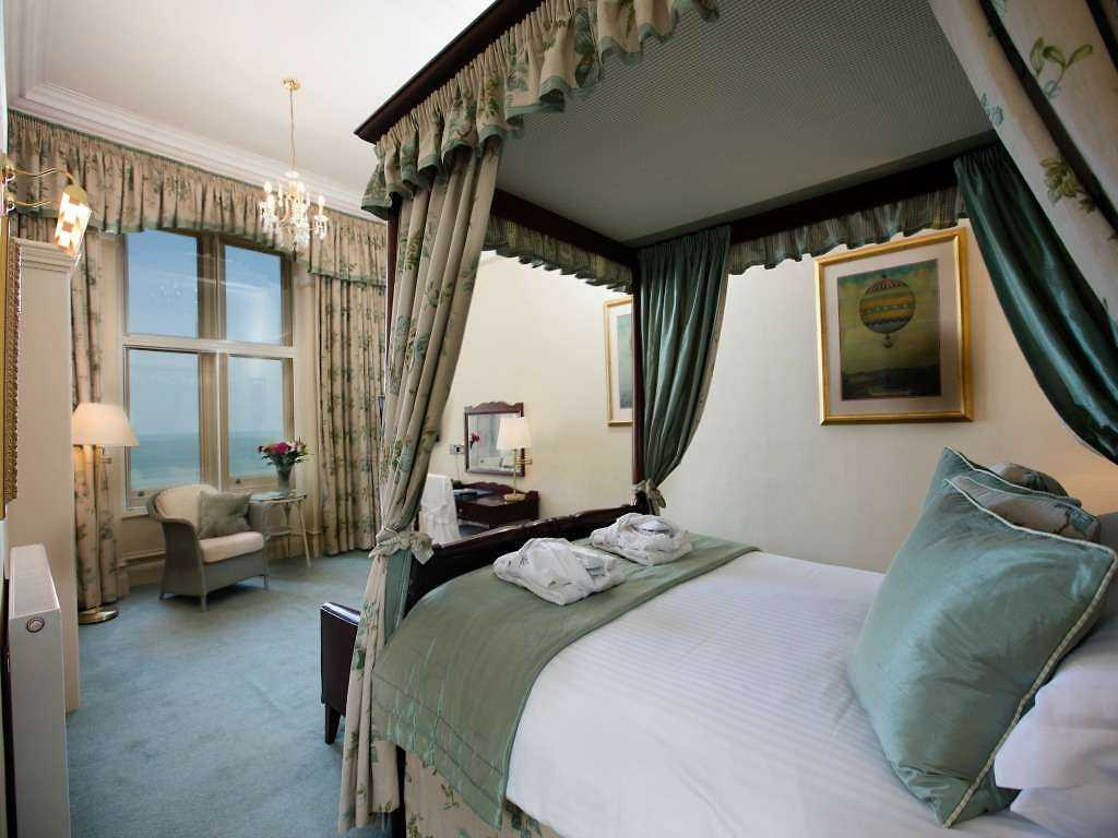 Splendid Rooms & Suites room, The Headland Hotel & Spa