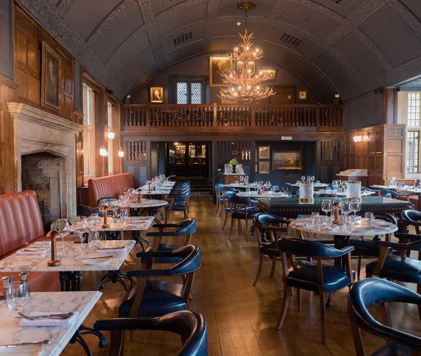 Lygon Arms Hotel Restaurant