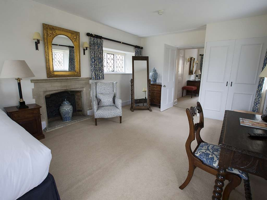 Suite room, The Manor at Weston-On-The-Green