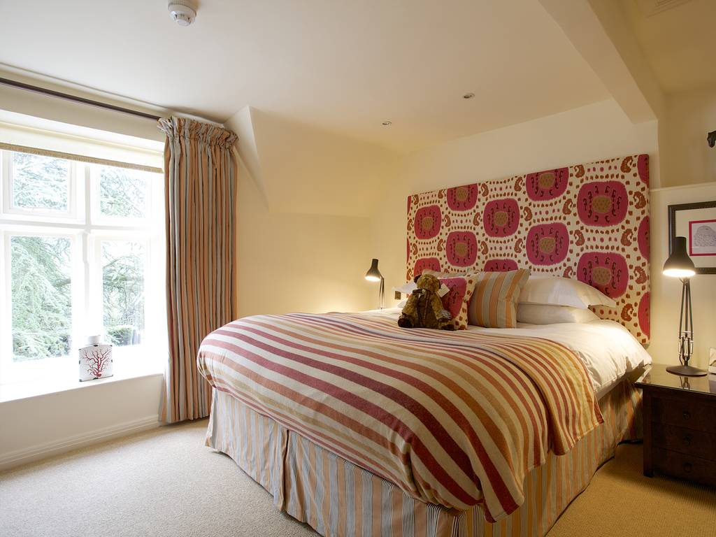 Garden cottage suites room, The Swan at Bibury