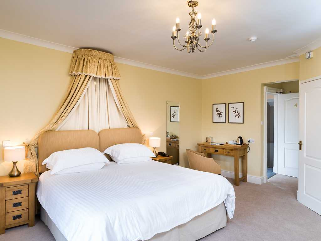 Deluxe room, The Swan at Hay