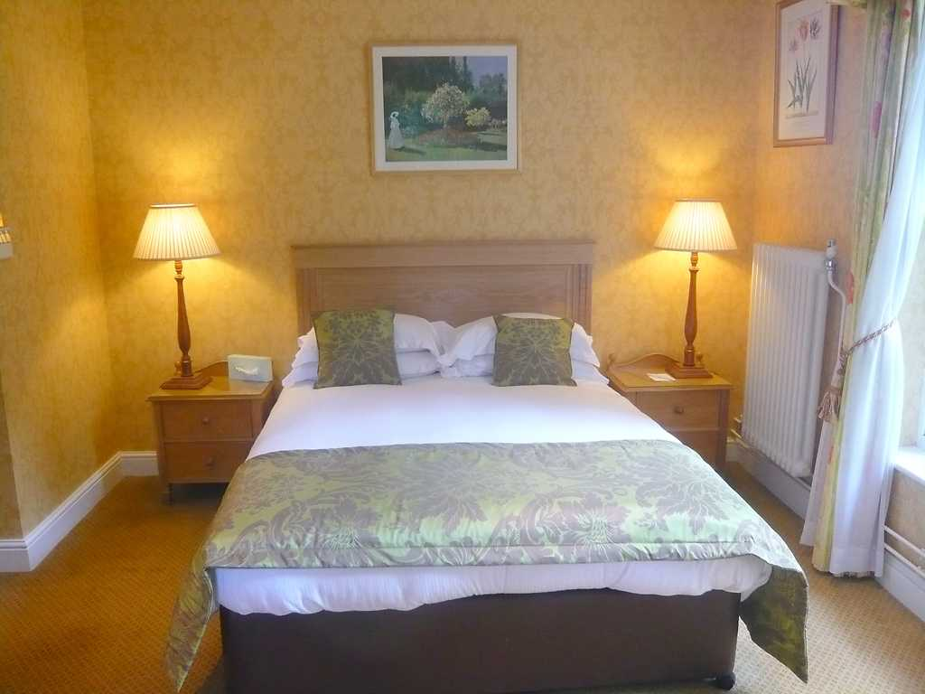 Classic room, West Lodge Park Hotel